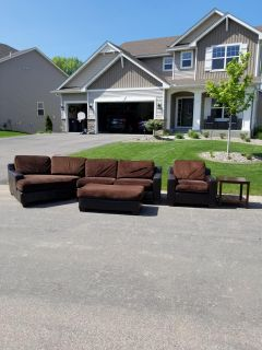 Free Sectional with Chair/Ottoman and End Table