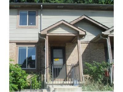 3 Bed 2 Bath Foreclosure Property in Galloway, OH 43119 - Bellport Ct