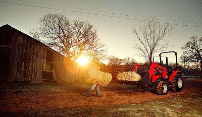 2017 Mahindra 2545 4WD Shuttle Compact Tractors Lawn & Garden New Braunfels, TX