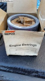 Nos engine main bearing sets