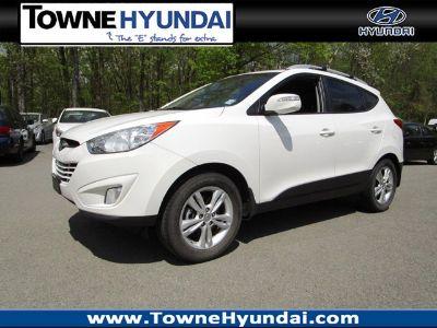2013 Hyundai Tucson Limited (Cotton White)