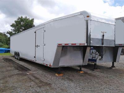 2007 Cargo Mate Eliminator 2 Car Enclosed Goos