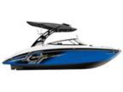 2017 Yamaha Boats 242X E-Series