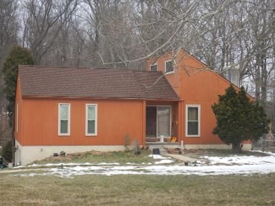 3 Bed 2 Bath Preforeclosure Property in Downingtown, PA 19335 - Governors Cir
