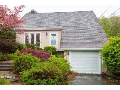 3 Bed 2 Bath Foreclosure Property in Naugatuck, CT 06770 - Simsberry Rd
