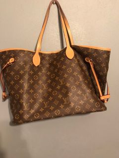 Louis Vuitton (replica), excellent condition very roomy