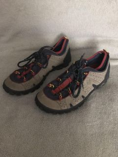 Size 10.5 Men s Shoes (Worn Only Once)