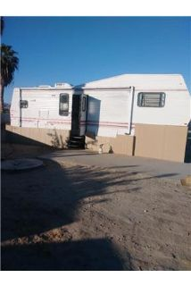 Mecca Fifth Wheel Only $450 per month