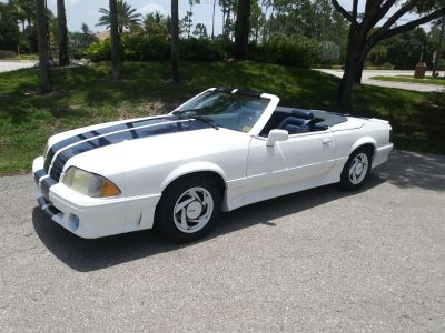 1990 Ford Mustang LX 5.0 (White)