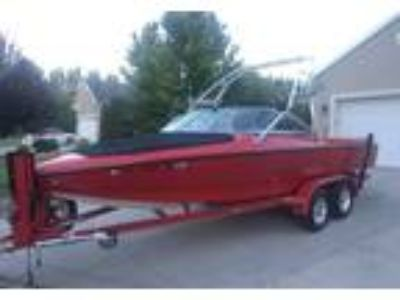 2005 Ski Centurion Elite-Sport-Bow-Rider Power Boat in Saratoga Springs, UT