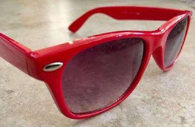 Red Acrylic Wayfarer Style Gradient Lens Sunglasses