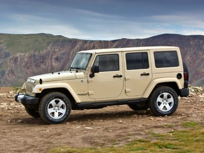 2013 Jeep Wrangler Unlimited Sport (Billet Metallic Clearcoat)