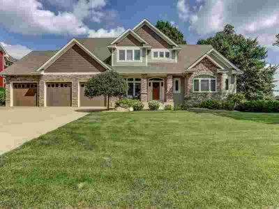 14865 Timberwolf Trail NW PRIOR LAKE Five BR, Spectacular design