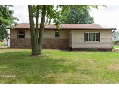 2 Bed 2 Bath Foreclosure Property in Seville, OH 44273 - Guilford Rd