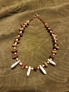 16 INCH, HANDMADE, WOOD & SLICED SEASHELL CHOKER, EXCELLENT CONDITION, SMOKE FREE HOUSE