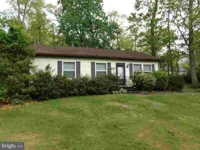 131 Dennis Ave BROWNS MILLS Three BR, Comfortable ranch style