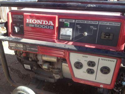 11 yr old Honda Generator good conditon less than 300 hrs