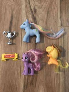 5 Toys for $2 (3 My Little Ponies, , & Feeding Sign)