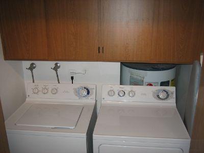 Waher/Dryer  Whirlpool Like New