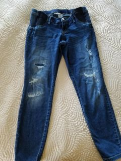 Destroyed-Look Maternity Jeans
