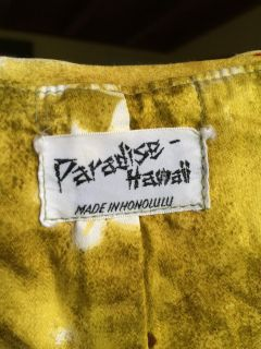 Paradise Hawaii authentic mint condition!