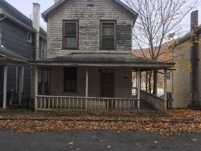 3 Bed 1 Bath Foreclosure Property in Renovo, PA 17764 - Clinton Ave