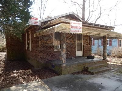 3 Bed 1 Bath Foreclosure Property in Rocky Mount, NC 27803 - Cedar St