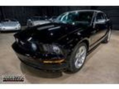 Used 2007 Ford Mustang GT Deluxe Convertible