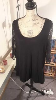 Maurices lacey black top size 2x