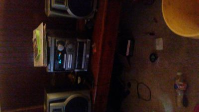i have a stereo for sale or a trade for a bluetooth stereo that light up