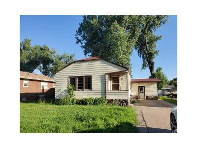 3 Bed 2 Bath Foreclosure Property in Bismarck, ND 58504 - W Bowen Ave