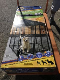 Brand new still in box outside kennel