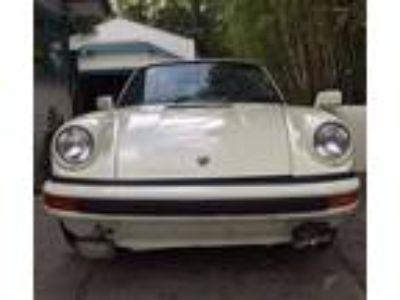 1982 Porsche 911 SC TARGA 3.0