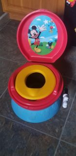 """Mickie Mouse Potty Chair! Pretend """"flushing"""" says """"hip,hip,hooray!"""" FIRST COME! WANT GONE"""