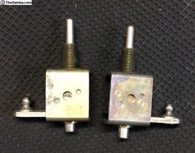 NOS 55-64 safari wiper pivots