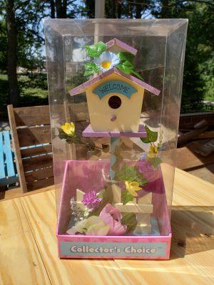Birdhouse Home Decor