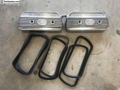 CB Fil-star C-channel valve covers w/ -8 bungs