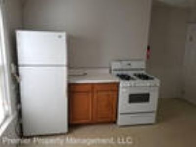 Rental Apartment 56 Hamlet Ave Woonsocket
