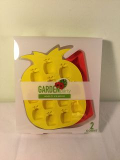 NWT Garden Party Pineapple and watermelon novelty ice molds, retail $7.99