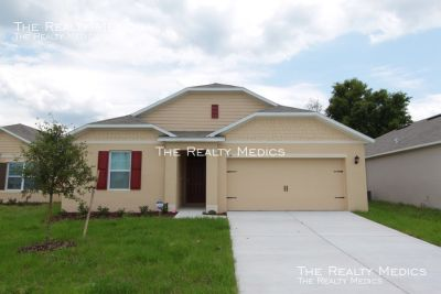 Beautiful Brand New 4 BR 2 BA Home in Winter Haven!!