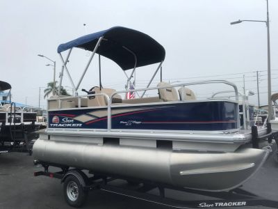 2018 Sun Tracker Bass Buggy 16 DLX Pontoons Boats Holiday, FL