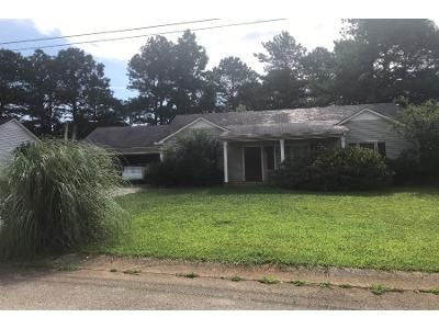 3 Bed 2.0 Bath Preforeclosure Property in Temple, GA 30179 - Villa Rosa Dr