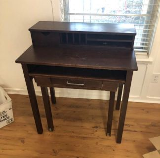 Small wood desk with hutch (perfect kid teenager desk)