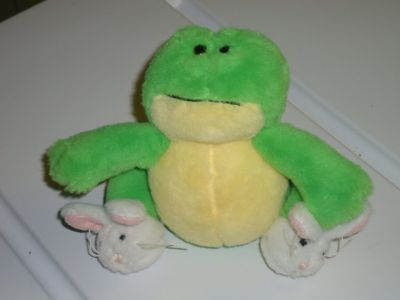 """4""""H ganz frog w/bunny slippers"""