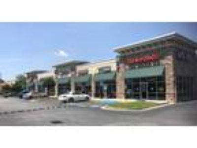 High Traffic Retail Commercial Space - FREE RENT SPECIAL!