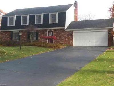 6177 Westington Dr Canfield Four BR, Fabulous Home with Updates