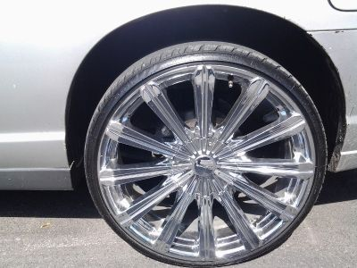 "22"" Elure rims and tires"