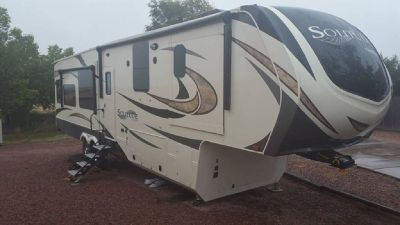 By Owner! 2017 41 ft. Grand Design Solitude 384GK w/4 slides