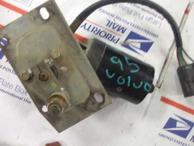 Find 836 Bosch volvo wia wiper motor motorcycle in Batesville, Arkansas, US, for US $75.00