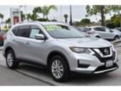 Used 2017 Nissan Rogue Brilliant Silver, 28.4K miles